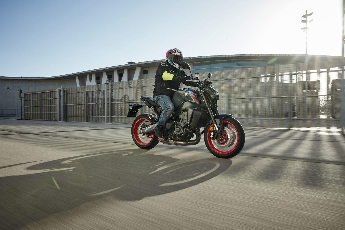 la-indumentaria-de-los-motociclistas-es-clave-para-mantener-su-seguridad